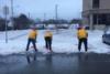 Όταν έχεις πια βαρεθεί να καθαρίζεις το χιόνι… και το ρίχνεις στον χορό (video)