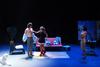 Με μεγάλη επιτυχία πραγματοποιήθηκε η επίσημη πρεμιέρα της ισπανικής κωμωδίας TRES!