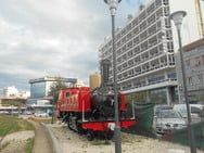 Το παλιό τραινάκι του ΟΣΕ στην Πάτρα έγινε «κουκλί» - Δείτε φωτογραφίες