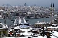 Χιονοθύελλα έχει παραλύσει την Κωνσταντινούπολη