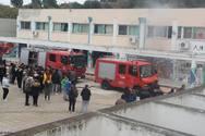 Φωτιά ξέσπασε στο 6o ΕΠΑΛ Πατρών (video)