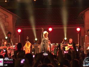 Αισθησιασμός, συγκίνηση κέφι και πάθος με την Νατάσσα Μποφίλιου στην Πάτρα! (pics+video)