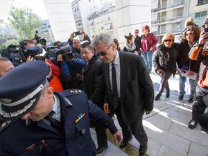 Αποστολόπουλος σε εισαγγελέα: «Ήθελα να αποδείξω πόσο ανέντιμος είναι ο Χαϊκάλης» (pics)