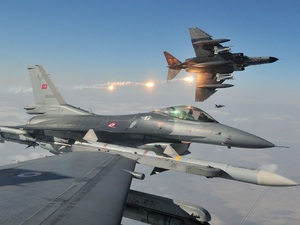 Αιγαίο: Έξι τουρκικά μαχητικά παραβίασαν τον ελληνικό εναέριο χώρο