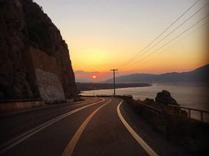 Αγναντεύοντας την Γέφυρα Ρίου - Αντιρρίου από την Παλιοβούνα