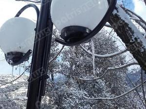 Στα λευκά η Ηλεία - Χιόνισε ακόμη και στον κάμπο (pics+video)