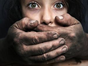 Σουηδία: Βίασαν κοπέλα και το μετέδωσαν live στο facebook!