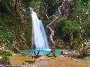 Περιήγηση από ψηλά στο φαράγγι της Νέδας - Ένα μαγικό τοπίο στην Πελοπόννησο (video)