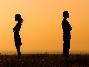 Τέσσερις συνηθισμένοι λόγοι που χωρίζουν τα ζευγάρια