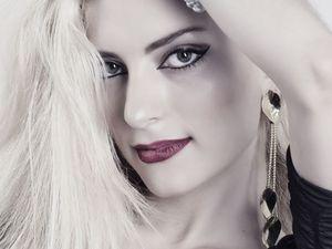 Όμορφες γυναίκες ποζάρουν στον φωτογραφικό φακό του Γιάννη Σαρηγιάννη!