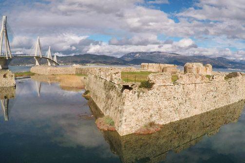 Πάτρα - Το Κάστρο του Ρίου από ψηλά!