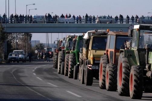 Αχαΐα: Συνεχίζονται τα μπλόκα εν όψει του Παναγροτικού Συλλαλητηρίου στην Αθήνα