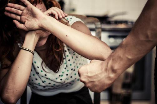 Πάτρα: Πατέρας χαστούκισε την κόρη του γιατί δεν ήθελε να ζήσει μαζί του