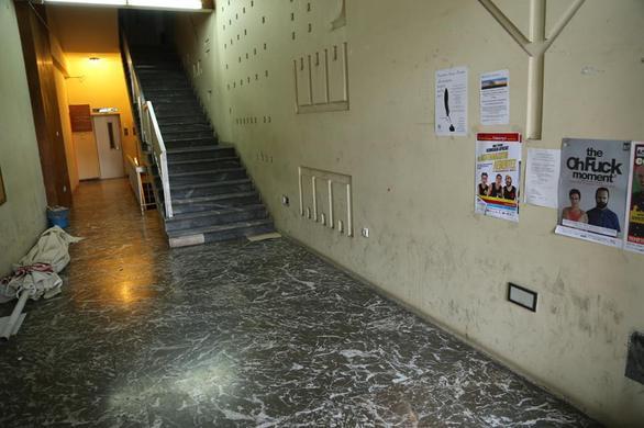 Πάτρα: Ριφιφί μεγατόνων στην Εθνική Τράπεζα στην πλ.Γεωργίου! Έσκαβαν όλη νύχτα τοιχίο, σήκωσαν 1,5 εκατ. ευρώ, διέφυγαν 4 με μηχανές - Η μεγαλύτερη ληστεία στα χρονικά, ΔΕΙΤΕ ΦΩΤΟ