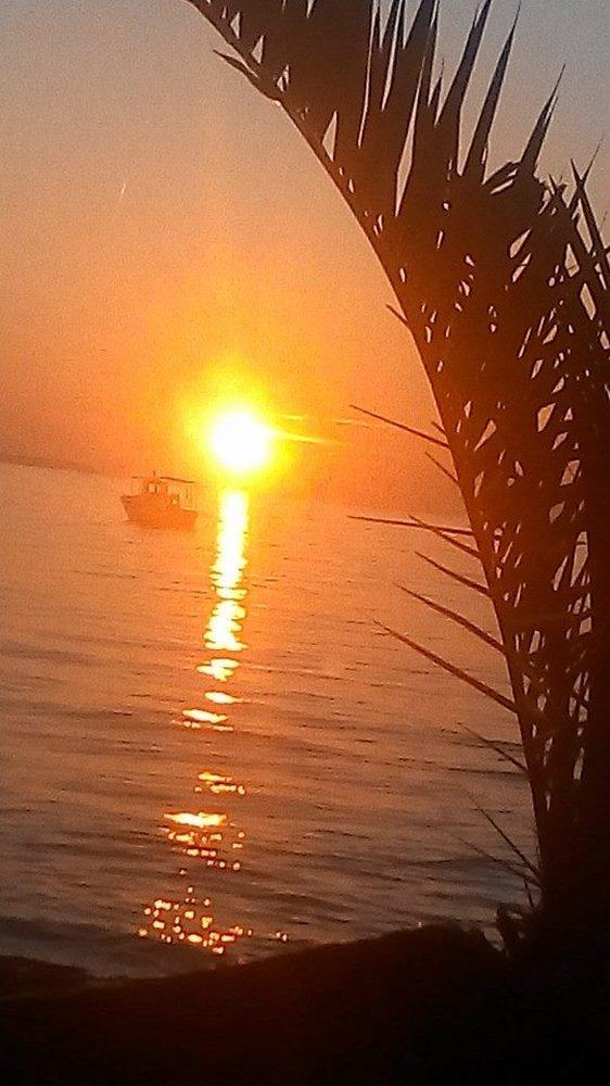 """Όταν ο ήλιος """"κεντάει"""" και γίνεται """"χρυσός"""" στον ουρανό της Πάτρας (pics)"""