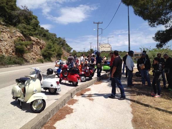 Ταξιδεύοντας με μία βέσπα από την Πάτρα στο Ναύπλιο (pics)