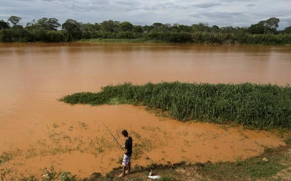 Αυτή είναι η μεγαλύτερη περιβαλλοντική καταστροφή στην ιστορία (pics+video)
