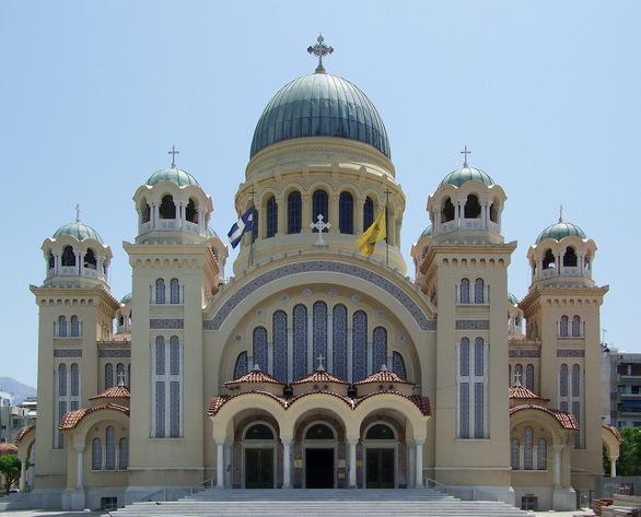 Η Πάτρα γιορτάζει τον Πολιούχο της Απόστολο Ανδρέα - Στα γιορτινά του ο ναός