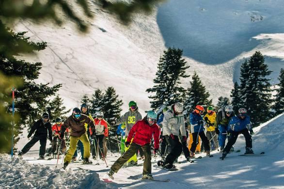 Το Χιονοδρομικό κέντρο Καλαβρύτων εγκαινίασε την νέα του πίστα (pics)