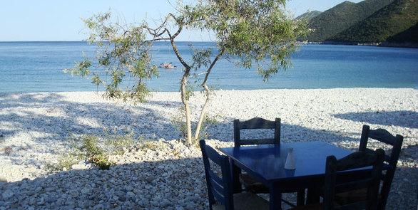 Πέντε πανέμορφα χωριά της Πελοποννήσου που ακουμπούν στη θάλασσα!