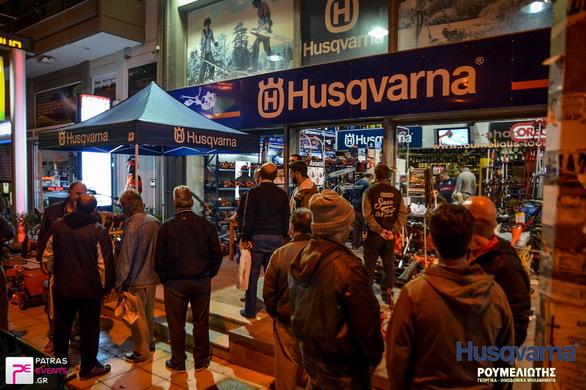 """Πάτρα: Με επιτυχία η επίδειξη προϊόντων Husqvarna και Oregon στο κατάστημα """"Ρουμελιώτης"""""""