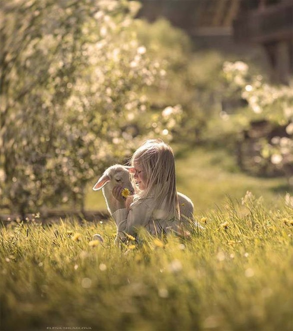 Υπέροχες φωτογραφίες με πρωταγωνιστές παιδιά και ζώα!
