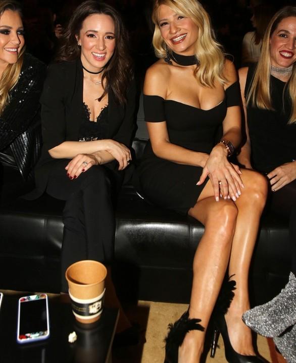 Η Φαίη Σκορδά έκλεψε τις εντυπώσεις μέσα στο μαύρο φόρεμά της (pics)