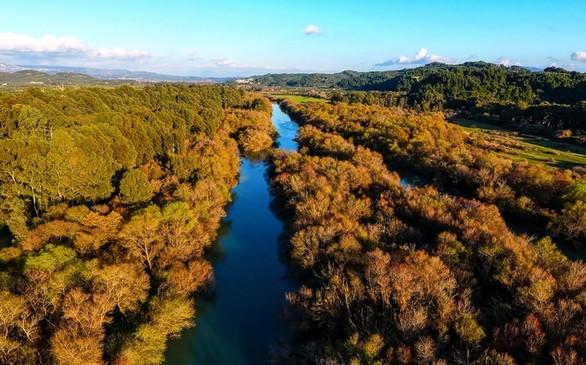 Μαγευτικές εικόνες από τον μεγαλύτερο ποταμό της Πελοποννήσου!