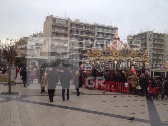 Πάτρα: Μια πόλη γεμάτη κόσμο και χαμόγελα την τελευταία μέρα του χρόνου! (pics+video)