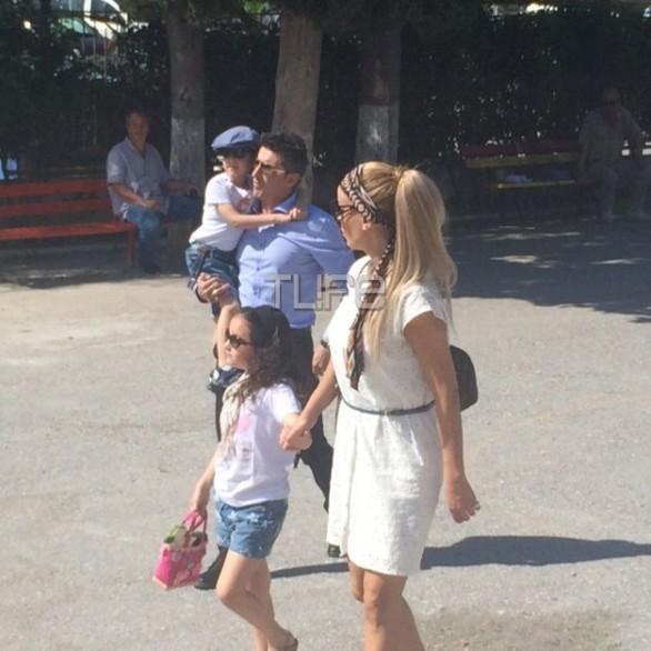 Με τα παιδιά τους ψήφισαν Λίλη - Ζαγοράκης (pics)