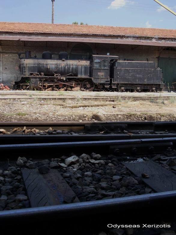 Το σιδηροδρομικό δίκτυο Πελοποννήσου εκπέμπει SOS - Δείτε φωτογραφίες από ιστορικά κτίρια