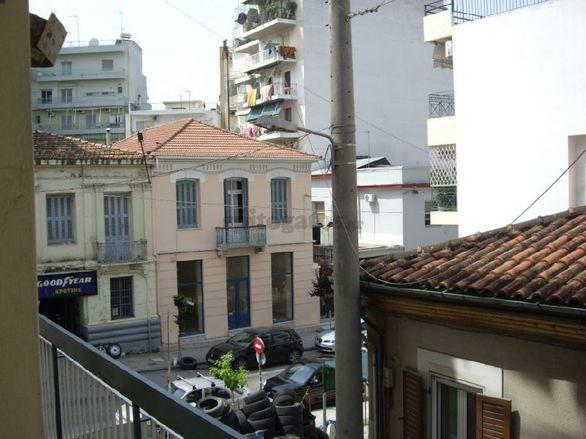 Βρήκαμε 7 φοιτητικά διαμερίσματα που ενοικιάζονται στο κέντρο της Πάτρας μέχρι 150 ευρώ! (pics)