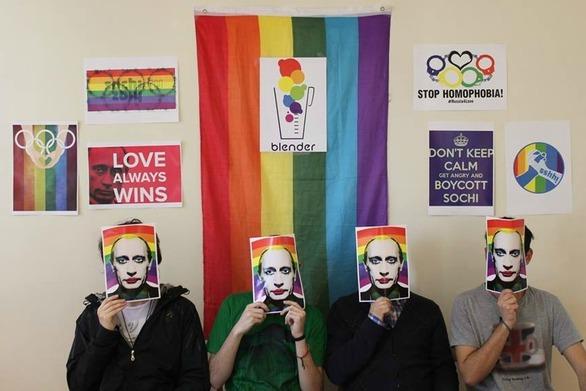 """«Μαμά είμαι τρανς» - Γνωρίστε την Πατρινή ομάδα των """"Blender"""" που μπήκε στη ζωή μας (pics)"""