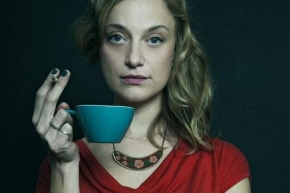 """Στην Πατρινή ηθοποιό Λένα Δροσάκη η """"καρφίτσα"""" της Μελίνας Μερκούρη"""