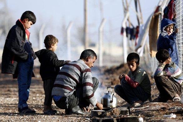 """Πάτρα: Το ενδεχόμενο κλείσιμο των συνόρων, φέρνει """"κύμα"""" προσφύγων στο λιμάνι"""
