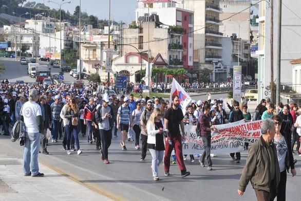Τον γύρο του κόσμου κάνουν οι εικόνες από τον αγώνα πορείας των Πατρινών