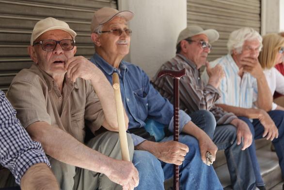 Σε θέση μάχης οι συνταξιούχοι, ετοιμάζονται για κινητοποιήσεις