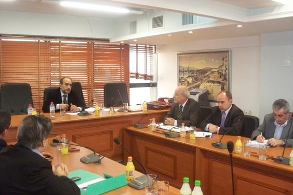 Διπλή συνεδρίαση για το Περιφερειακό Συμβούλιο τη Δευτέρα