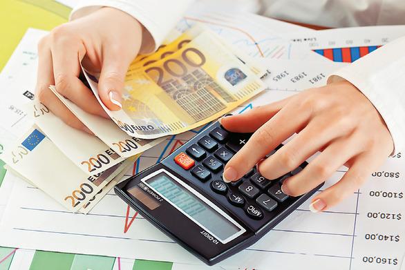 Συμψηφίζονται βεβαιωμένοι φόροι, ΦΠΑ, πρόστιμα και οφειλές με χρέη του Δημοσίου