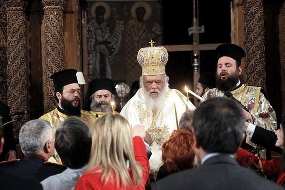 «Χριστός Ανέστη» σε όλη την Ελλάδα! (pics+vids)