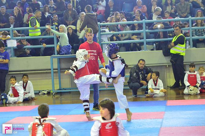3d Friendship Game Taekwondo στο κλειστό στάδιο των Ροϊτίκων  22-11-15 Part 2/2