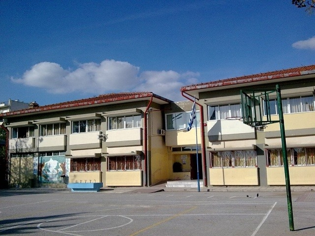 Αποτέλεσμα εικόνας για σχολικά κτιρια