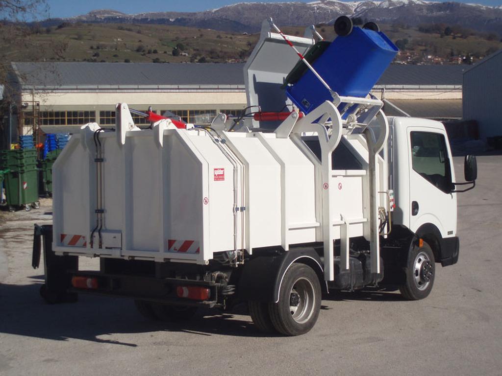 Παραχώρηση σύγχρονου αυτοκινήτου ανακύκλωσης στον Δήμο Ναυπλιέων.