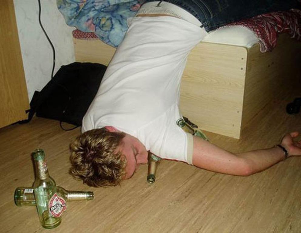 Пьяные бабы в вытрезвители 13 фотография