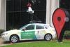 Χάζευε στο Google Street View και είδε… τη γιαγιά του (pics)