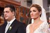 Ποιά είναι η σύζυγος του Απόστολου Τζιτζικώστα; Κάπου την έχετε ξαναδεί! (pic+video)