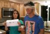 Ίσως και η πιο περίεργη ανακοίνωση εγκυμοσύνης που έχετε δει (video)