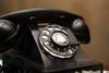 Πώς ήταν όταν οι άνθρωποι χρησιμοποιούσαν μόνο σταθερό τηλέφωνο;