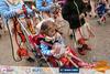Καρναβαλιστές από... κούνια - Με τα παιδιά στα καρότσια παρέλασαν δεκάδες Πατρινοί! (pics)