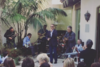 Ο Tom Hanks τραγουδάει «Χριστός Ανέστη» σε ρυθμούς... blues (pics+video)